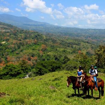 Horse riding in Monte Claro
